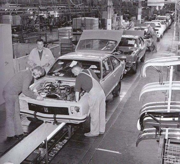 gallery/torana assembly line